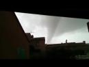 Торнадо у города Сен-Жан-Пла-де-Кор, Франция. (7 Января 2018)