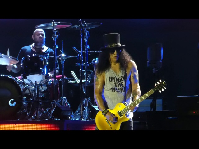 Sweet Child O Mine W/Ext Guitar End Guns N Roses@Hersheypark Pa Stadium 8/13/17