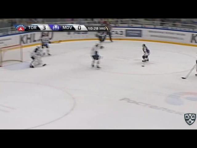 Моменты из матчей КХЛ сезона 16/17 • Удаление. Безина Горан (Медвешчак) удален на 2 минуты за подножку 22.11