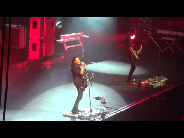 Placebo - Paris - December 10, 2013 - Birthday and Bitter End ( english subs)