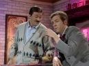 Шоу Фрая и Лори - Жена A Bit of Fry Laurie - Barman