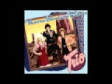 Dolly Parton, Emmylou Harris &amp Linda Ronstadt - Telling Me Lies