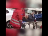 Сочи. Больница №4. Врачи выкатили больного на коляске и выбросили его за гаражами. Отношение к человеческой жизни в России
