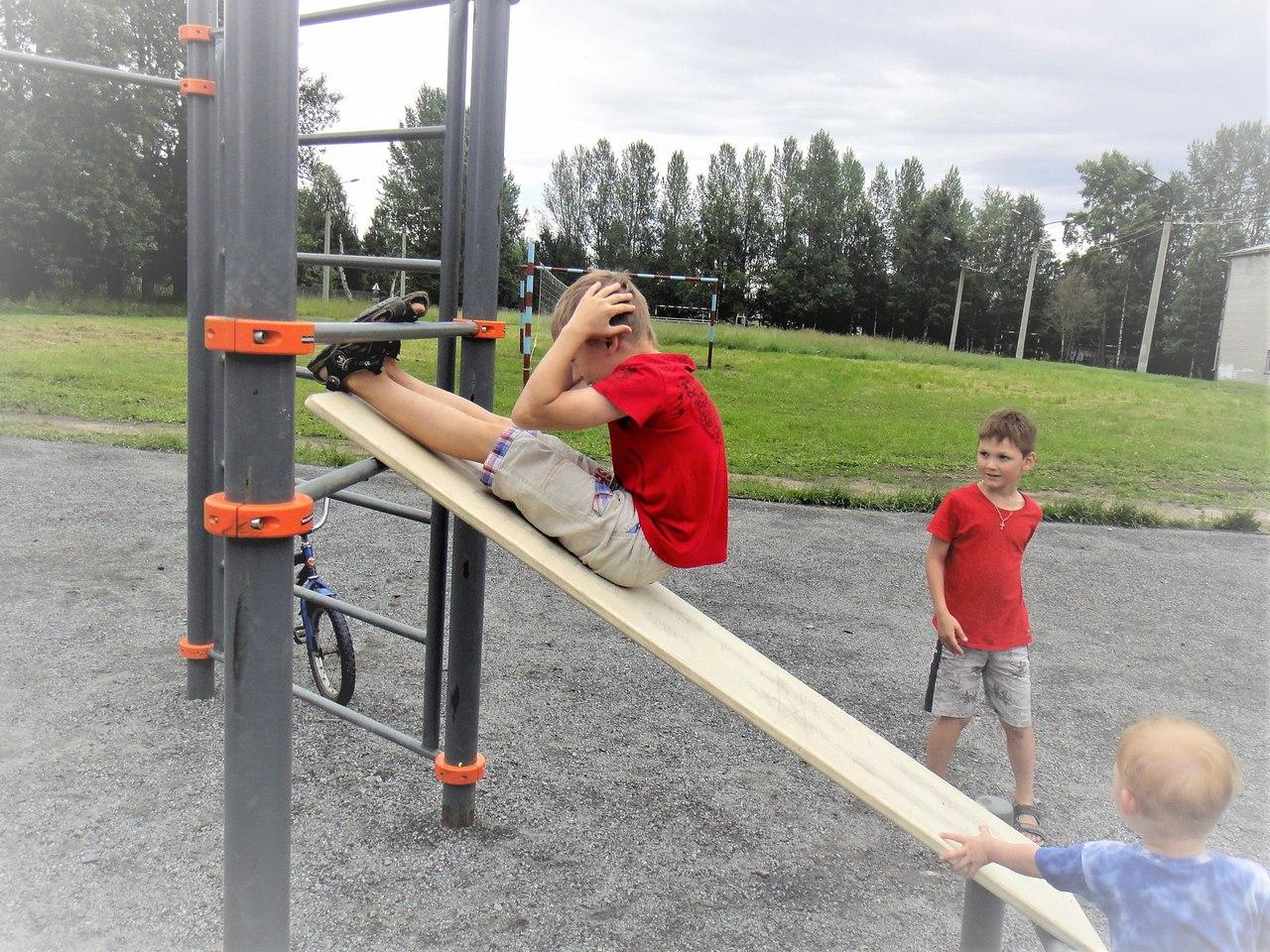 спорт снаряды дети лето новодвинск отжимания