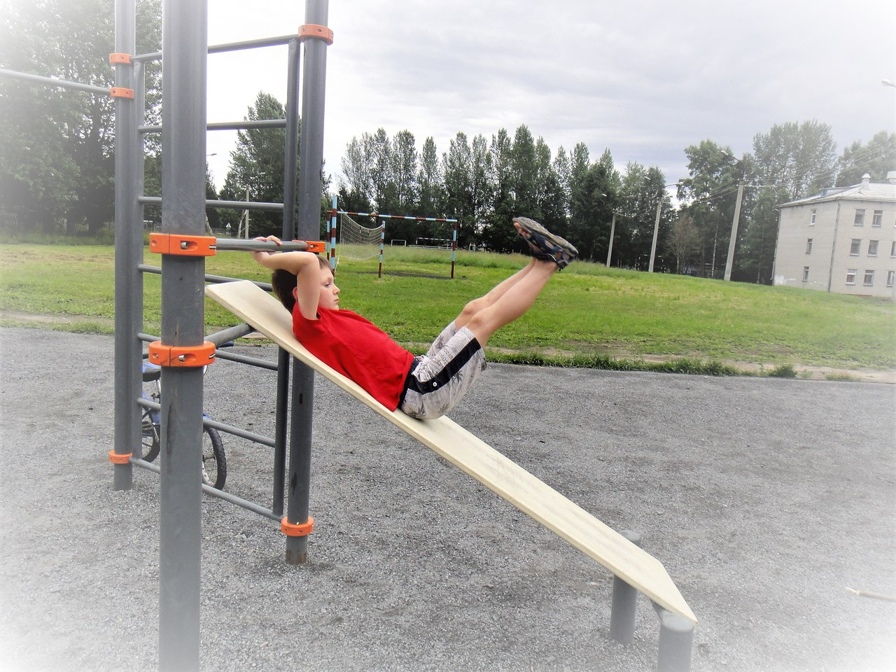 спорт снаряды дети лето новодвинск отжимания упражнения на пресс открытка