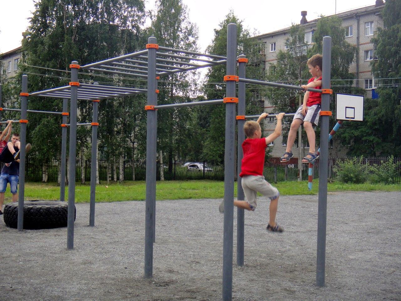 спорт снаряды дети лето новодвинск брусья перекладина