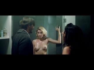 Голая Лоренца Иззо Lorenza Izzo, Ана де Армас Ana de Armas Nude - Knock Knock (2015) (эротическая постельная сцена из фильма зна