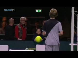 Andrey Rublev makes a little boy's day in Rotterdam
