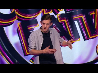 Comedy Баттл: Максим Дероз - О военной форме, молодых родителях и шести пальцах из сериала Comedy Баттл 2018 смотреть бесплатно видео онлайн.
