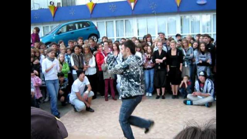 Уличные танцы у Рамуса - брейк батл Fanta crew vs Indigo crew