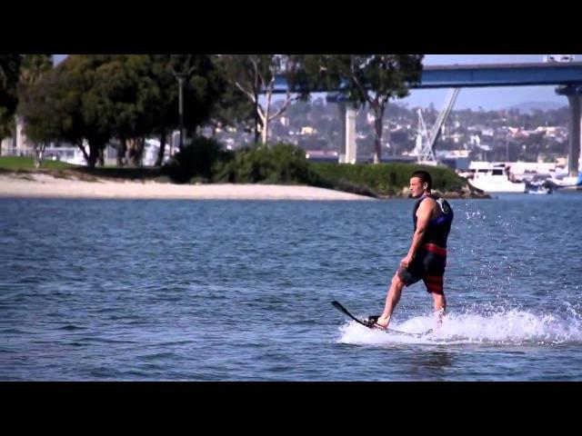 Тони Хоук летает на ховерборде
