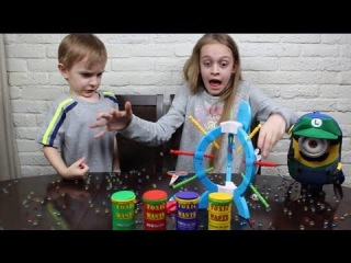 Boom Boom Balloon Challenge !Toxic Waste Candy