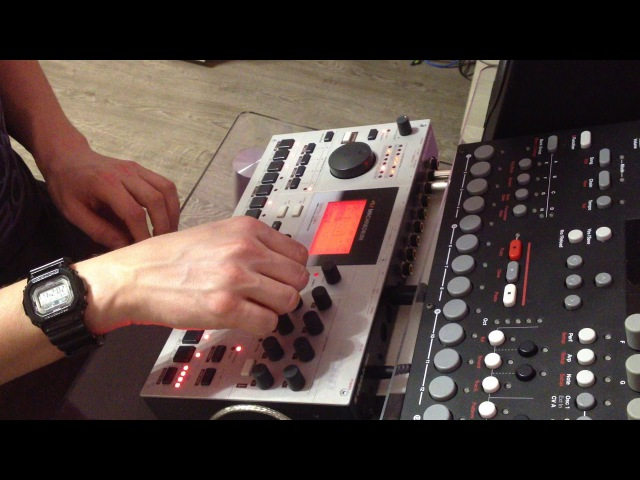 Iskin - Перепляс (Elektron Machinedrum Live Session)