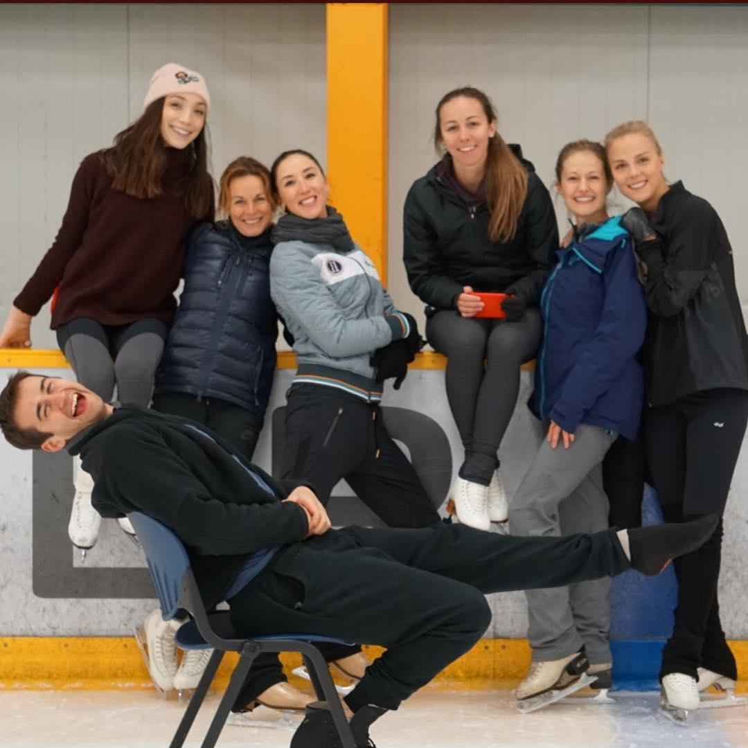 Ледовые шоу-4 - Страница 44 P4CkbeRl3YQ