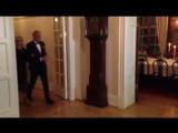 Визит в Швецию, день 1: Уильям и Кэтрин прибывают на ужин