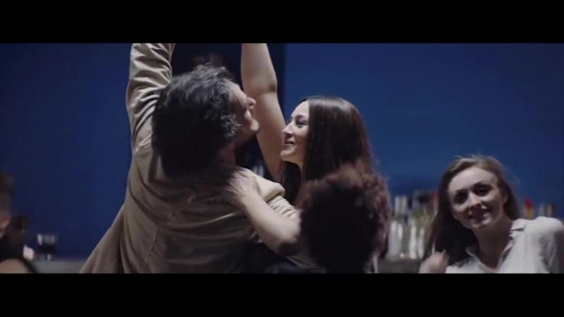 Moreza - Miss Guitar I Dance Monica Bellucci