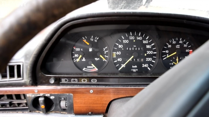 1983 Mercedes-Benz w126 380SE After 9 Years of Sitting (1080p)