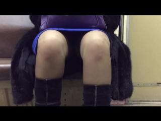 голове подглядывание девушек под юбку в метро москвы смотреть тебя всё