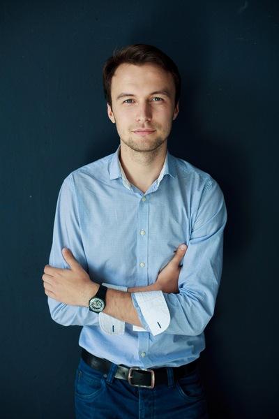 Александр Кулаков