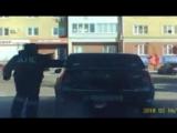 Пьяный вор по пути на исправительные работы прокатил инспектора на багажнике угнанной машины