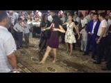 Азербайджанки танцуют. Лезгинка с красавицами. Azeri dance in wedding. Azəri qiz toyda.