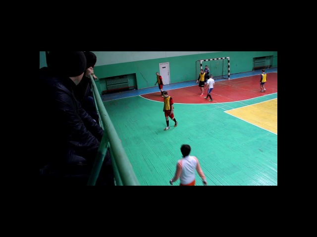 1/2 финала Кубка г. Макеевки 2018г. Тайм 3:3 Восток (по-пенальти 4:3)