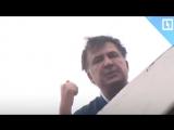 Зачем Саакашвили залез на крышу? Ответ