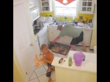 Приколы и фейлы на кухне))