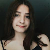 Аня Макабула
