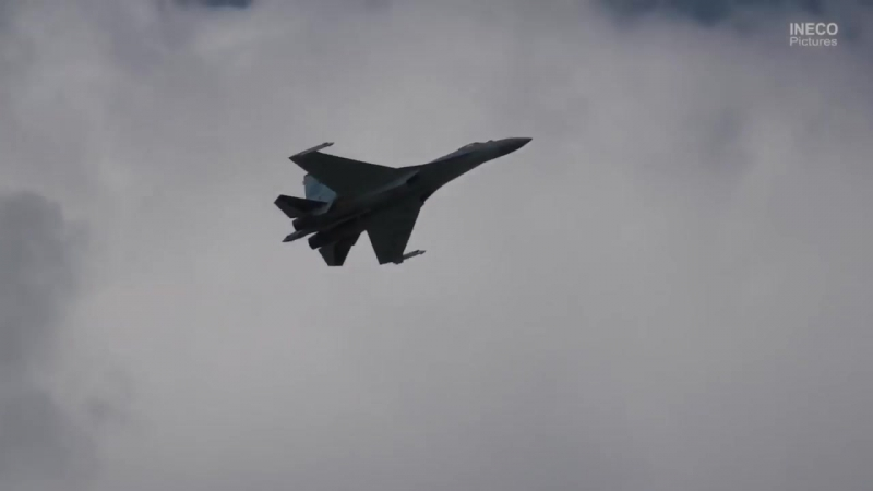 Высший пилотаж : Су-35 МАКС 2017