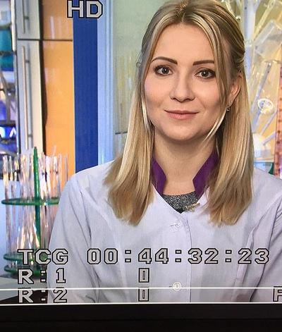 Виктория Попова