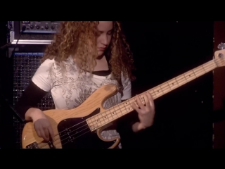 Tal Wilkenfeld - Bass Solo (from Jeff Beck Live at Ronnie Scotts)