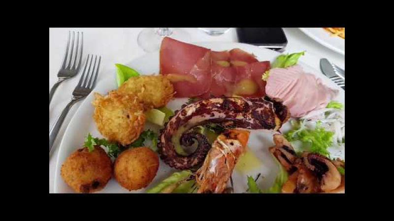 г. Искья, ресторан Pane e Vino. швейцарцы