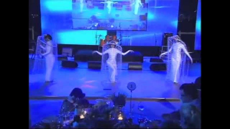 Swirler dance in Dubai, UAE » Freewka.com - Смотреть онлайн в хорощем качестве