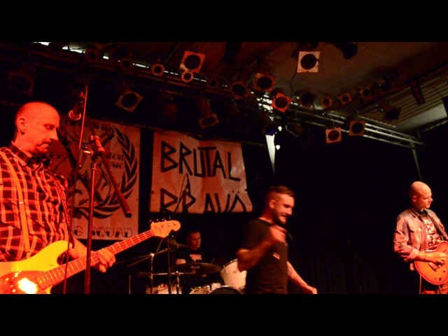 BRUTAL BRAVO - Cut The Crap live @ Schlachthof Lahr 11.2.2017