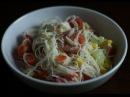 Sałatka z surimi i makaronem ryżowym (krótka forma 20)