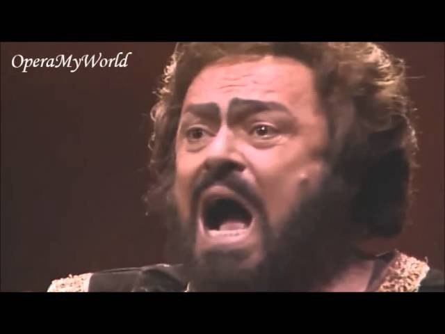 Luciano Pavarotti sings his longest high C