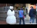 Мега прикол Испуги снеговиком Вот это ржачь!
