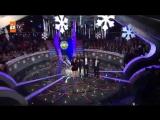 Берк, Алмила и Мурат танцуют /