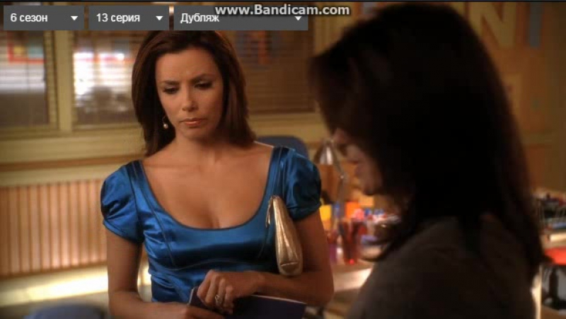 Отчаянные домохозяйки. Сьюзан говорит Габи, что Хуанита в слабой группе obovsemотчаянныедомохозяйкигабисолислиннетскаво