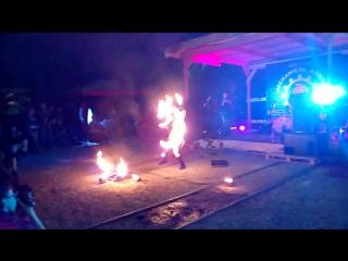 огненное шоу, 9 лет механики