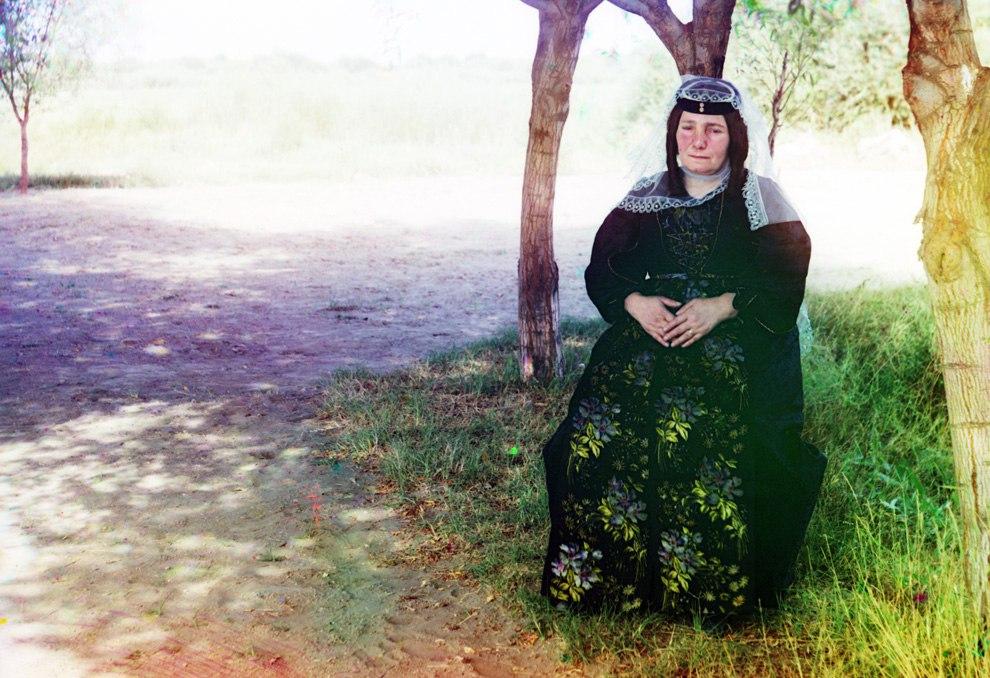 N7HD8xNKKEw - Родина Сергея Прокудина-Горского: Российская империя в цвете
