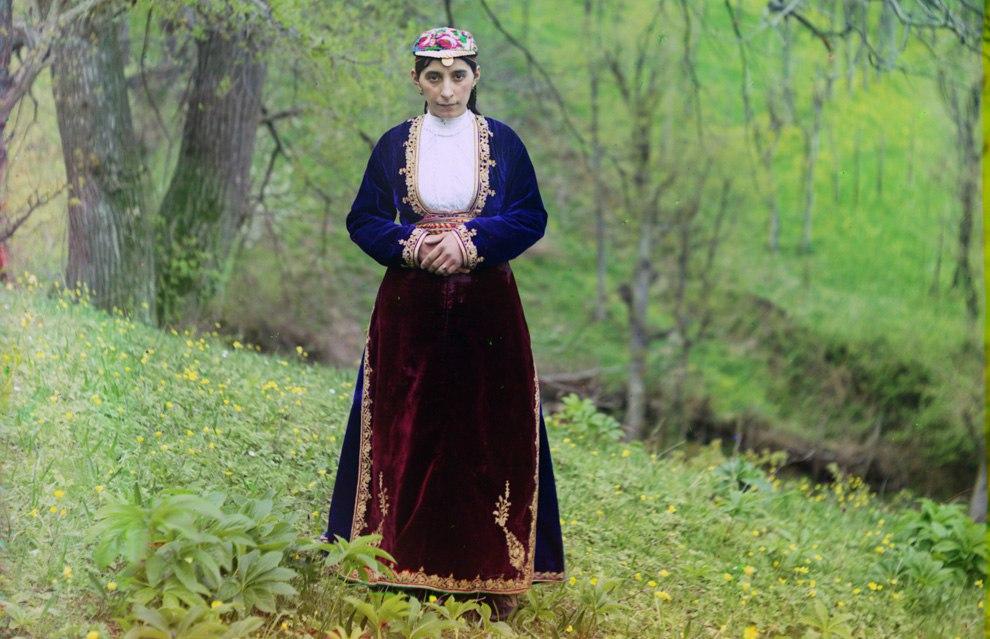 GSsr2QE2BY4 - Родина Сергея Прокудина-Горского: Российская империя в цвете