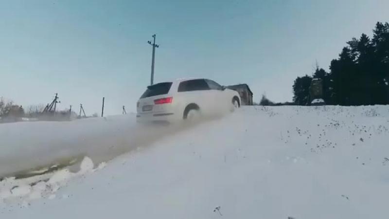 Царь полного привода - Quattro 👑 Audi SQ7