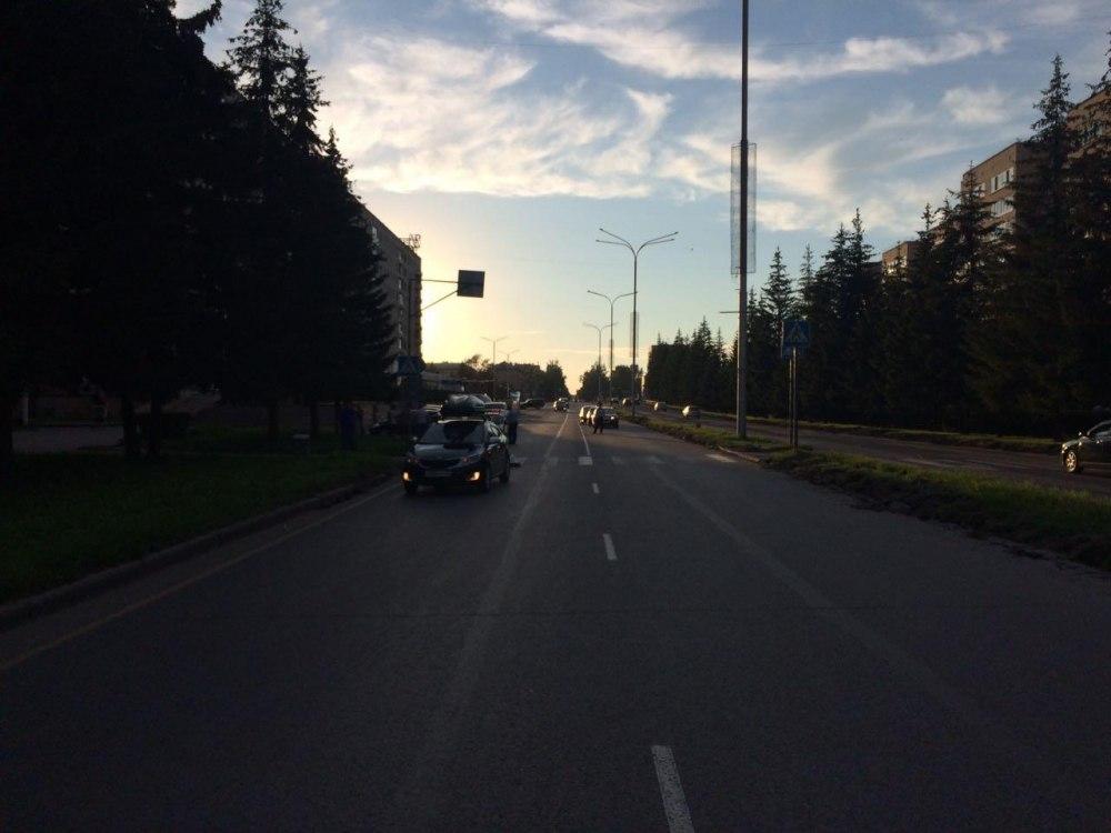 Автомобиль сбил подростка на пешеходном переходе в Северске