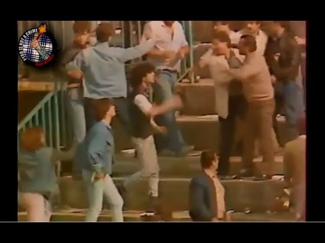 AEL Larissa - Panathinaikos 1986 Riots Pyro-Greece