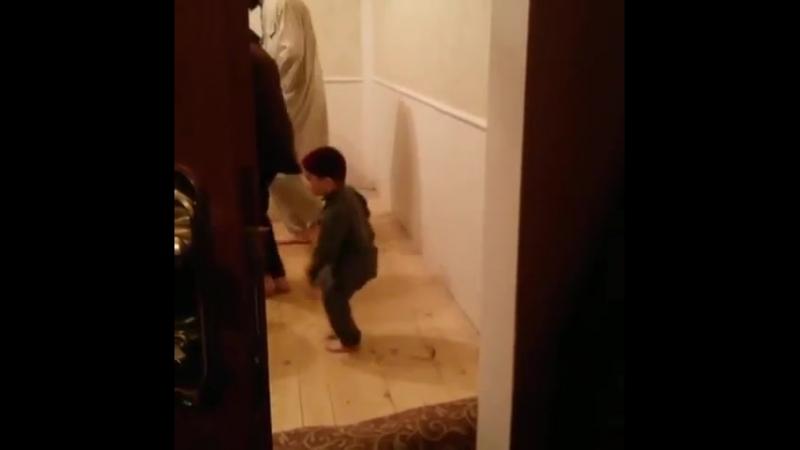 @adam shakhidov МашаАллах1 маленький мурид 🙏👍