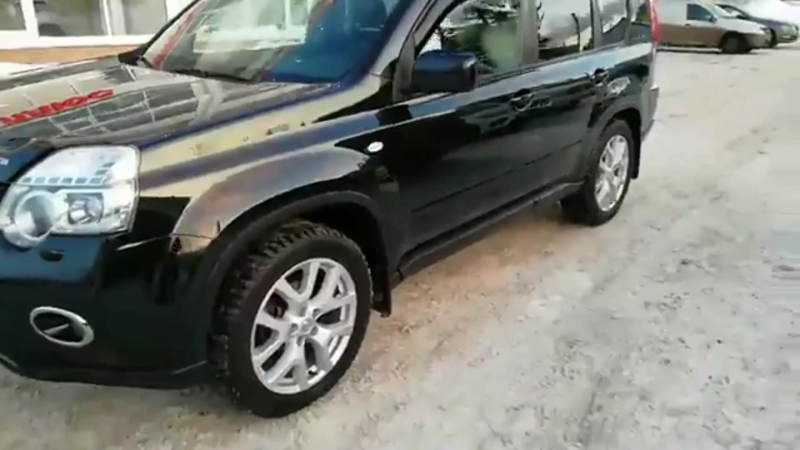 Nissan X-trail предпродажная полировка кузова . Зеркальный блеск .