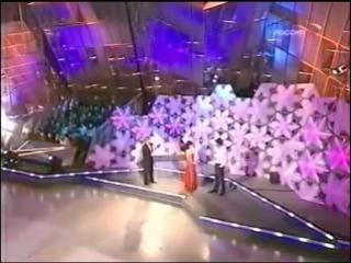 Танцы на льду. Николай Цискаридзе делает фуэте и арабеск с Настей Заворотнюк.