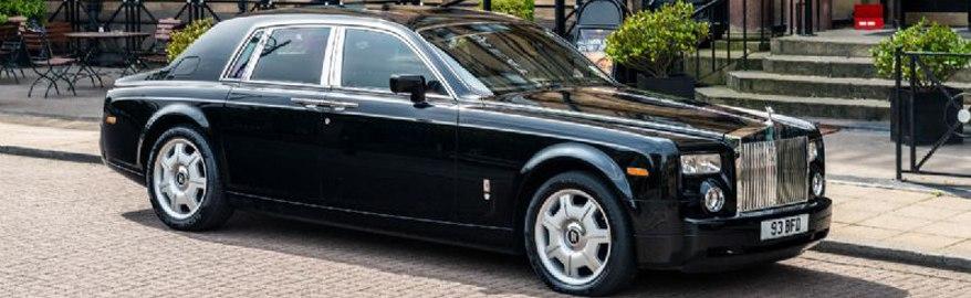 Rolls-Royce отозвал рекламу Phantom из-за нарушения ПДД